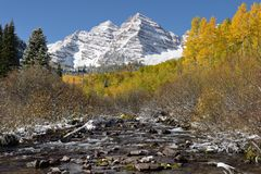 Maroon Bells and Creek Royalty Free Stock Photos