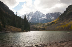 Maroon Bells and Maroon Lake Royalty Free Stock Images