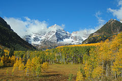 Maroon Bells valley. Autumn at Maroon Bells, Aspen, Colorado Royalty Free Stock Image