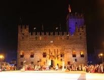 Marostica VI, Italien - September 9, 2016: Medeltida slott och th Arkivbilder