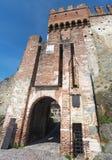 Marostica, Vicenza, Itália O castelo na parte superior da cidade na parte superior do monte Imagem de Stock Royalty Free