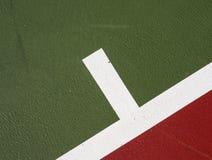 Marque de service de court de tennis Image stock