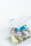 Marque sur tablette la médecine pour la santé des personnes Photographie stock libre de droits