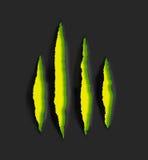 Marques d'éraflure jaunes de griffe sur le fond noir Photo stock