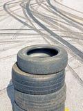 Marques d'asphalte et de brûlure Photo stock