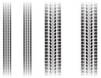 Marques de pneu d'isolement sur le fond blanc Image stock