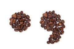 Marques de point et de virgule faites avec des grains de café photographie stock libre de droits