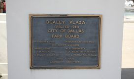 Marqueur Dallas, le Texas de plaza de Dealey photographie stock libre de droits