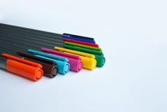 Marqueur multicolore sur le fond blanc Photo stock
