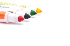 Marqueurs colorés sur le fond blanc Images libres de droits