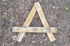 Marquez avec des lettres A a fait des planches en bois Photo libre de droits