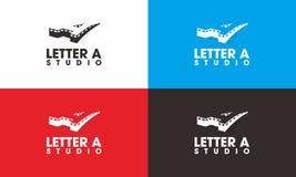Marquez avec des lettres le logo de studio d'A image stock