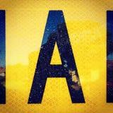 Marquez avec des lettres le roadsign d'A et le rétro signage réfléchi Images libres de droits