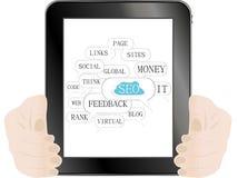 Marquez sur tablette le PC avec le signe de SEO et les étiquettes sur l'optimisation Photographie stock libre de droits