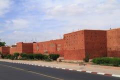 Marrakech gamla stadsväggar Arkivfoton