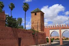 Marrakech gamla stadsväggar Arkivbilder