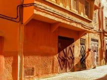 Marrakech Marokko - Mensen in de straat van Marrakech in Marokko stock afbeelding