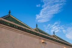 Marrakech, toit d'une maison et d'un ciel Photographie stock libre de droits