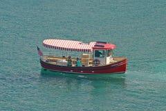 Marriottveerboot bij St Thomas Island, de Maagdelijke Eilanden van de V.S., de V.S. stock afbeelding