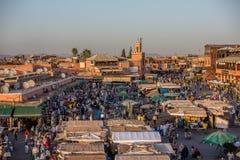 Marrkech,摩洛哥屋顶视图  库存照片