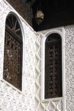 Marrocos riad Bronzefenster Stockfotografie
