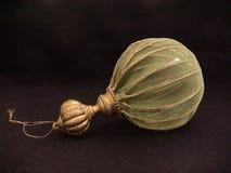 Marrone e verde della palla dell'albero di Natale Fotografia Stock