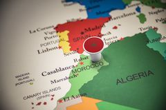 Marruecos marcó con una bandera en el mapa imagen de archivo