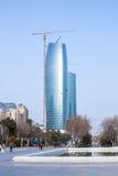 Mars 15, 2017, aveny för 151 Neftchilar, Baku, Azerbajdzjan konstruktion moscow för affärsmitt Arkivfoto