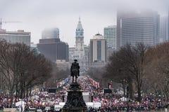 Mars för kvinna` s, Philadelphia som förbiser steniga moment Arkivbilder