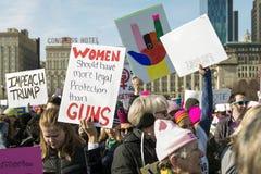 Mars för ` s för 2018 kvinnor i Chicago Arkivbilder