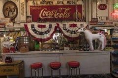 6 mars 2018 - fontaine de soude démodée, Jefferson General Store - Texas Americana, Jefferson, Americana, kola photographie stock libre de droits