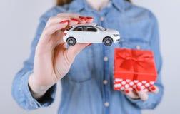 8 mars giv d'automobile de désir de chance de loterie de gagnant de victoire d'intérieur de valentine photos stock