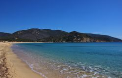 Mars i den Marina di Campo stranden, Elba ö Royaltyfria Bilder