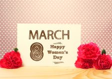 8 mars le jour des femmes heureuses Image libre de droits