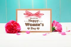 8 mars le jour des femmes heureuses Images stock