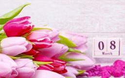 8 mars, le jour des femmes internationales, carte de voeux Images stock