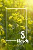 8 mars lycklig moder s för dag blå blom- hälsning för kortdesign Royaltyfri Foto