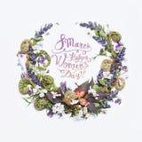 8 mars Lycklig women'sdag! Kort med den blom- ramen Royaltyfria Foton