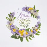 8 mars Lycklig women'sdag! Kort med den blom- ramen Royaltyfri Fotografi