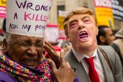 Mars mot rasism - London, UK Royaltyfria Bilder