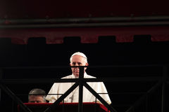 Pape Francis I pendant les stations de la croix sur le Vendredi Saint Image stock