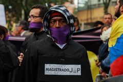 18 mars 2019 - mars pour la défense du PEC, juridiction spéciale pour le ¡ Colombie de Bogotà de paix image libre de droits