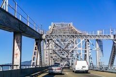 31 mars 2019 Richmond/CA/Etats-Unis - conduisant sur le pont John F de Richmond - de San Rafael Pont commémoratif de McCarthy, Sa images libres de droits