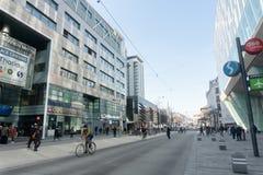 Mars 15, staden av Wien _ Centrum nära tunnelbanan royaltyfria foton