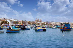 Marsaxlokk fiskeläge, Malta Arkivfoton