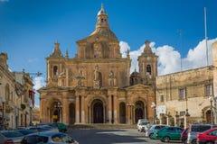 Marsaxlokk, Malta - 02 2016 Maj: Farny kościół dedykujący St Zdjęcia Royalty Free