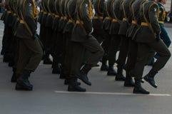 Marschera soldater Arkivbilder