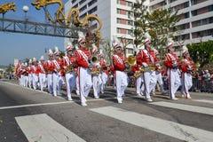 Marschmusikband under den 117. guld- Dragon Parade Arkivfoto