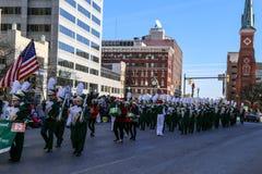 Marschmusikbandet på Harrisburg ferie 2015 ståtar Arkivbilder