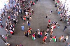 Marseille, Frankreich - 9. August 2014: Protestierenderversammlung während Ã-Demonstration Stockfotografie